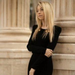 la photo de profil de Mélanie Gaudry écrivaine
